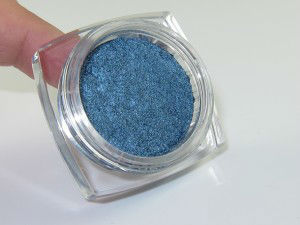 loreal-timeless-blue-spark-infallible-eyeshadow