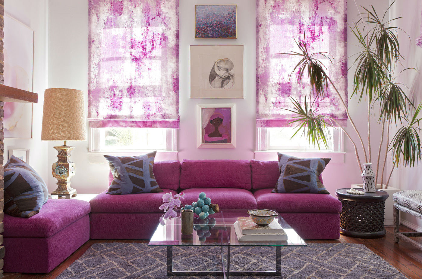 use-radiant-orchid-in-a-room