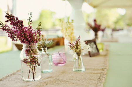 horse-farm-wedding-centerpiece-ideas