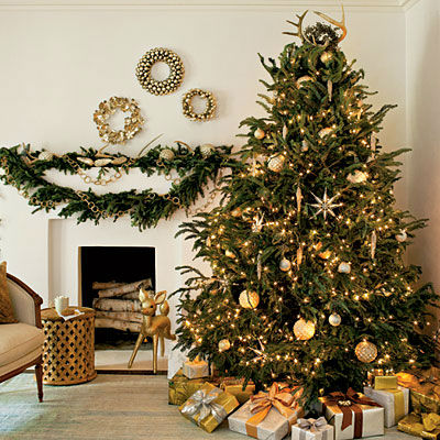 shimmery-christmas-tree-l___